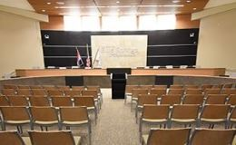 Photo of Blue Springs City Council Chambers